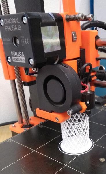 IMG 3D jen tiskárna.jpg, 367x600, 35.54 KB